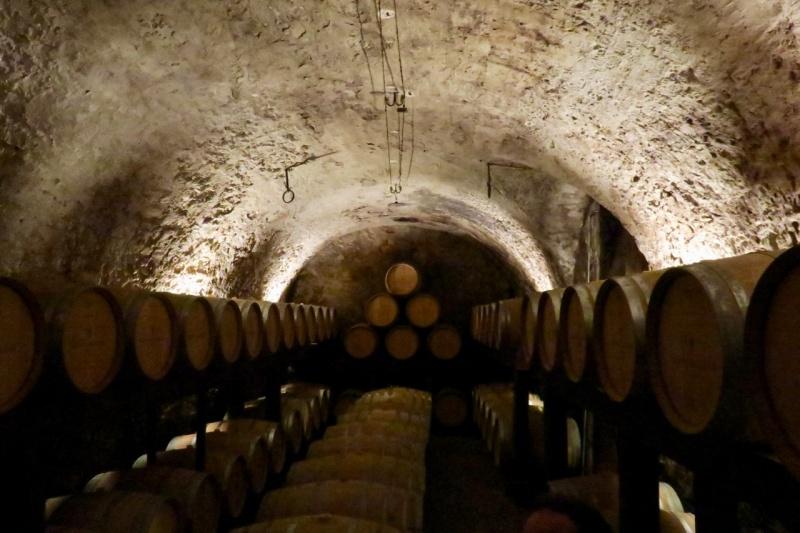 Lagader Chardonnay cellar