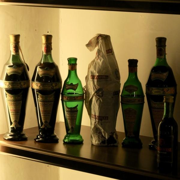 historic Verdicchio bottles