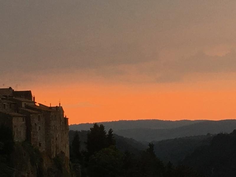 tramonto a pitigliano / sunset at Pitigliano